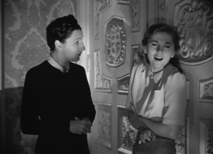 Joan Fontaine and Judith Anderson 02